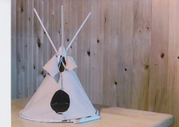 Conte et confection de Mini Tipi